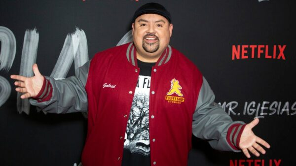 Fully-vaccinated comedian Gabriel Iglesias cancels show, tests positive to COVID