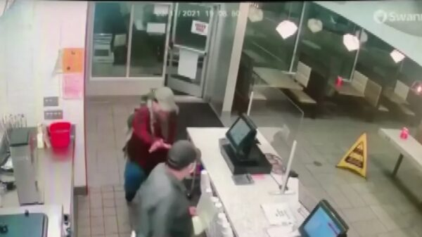 Texas Man Who Refused To Wear Mask Arrested for Restaurant Stabbing